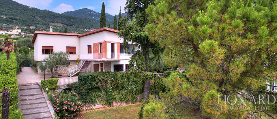 Prestigious estate for sale by Lake Garda Image 11
