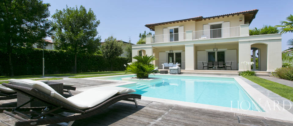 Dream home for sale in Versilia Image 4