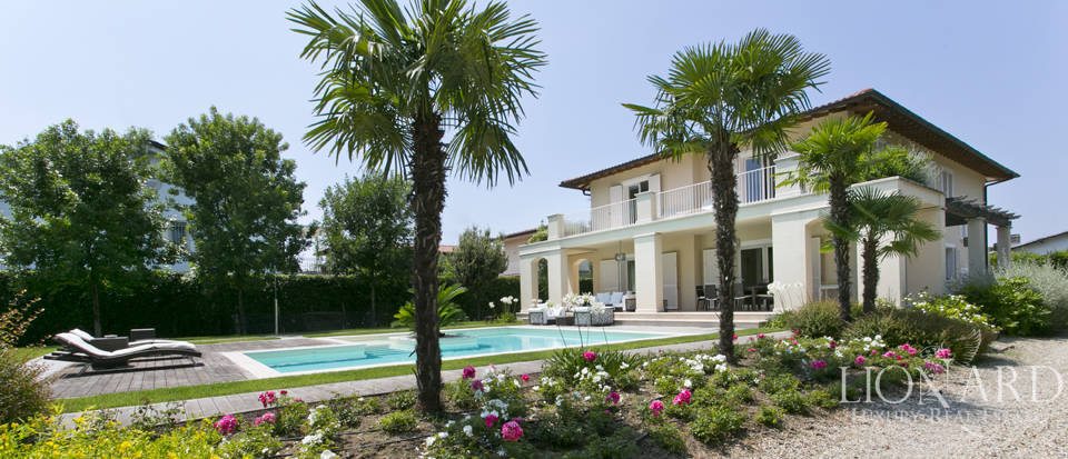 Dream home for sale in Versilia Image 8