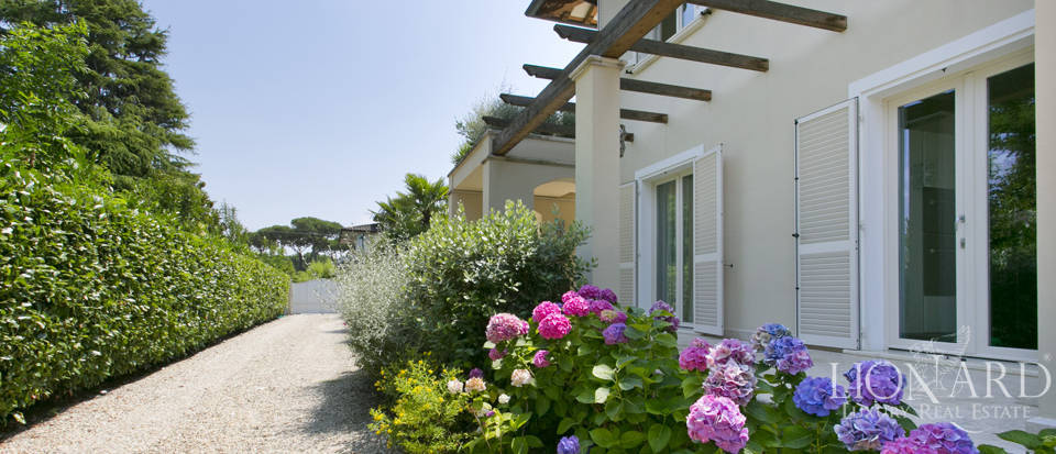 Dream home for sale in Versilia Image 9
