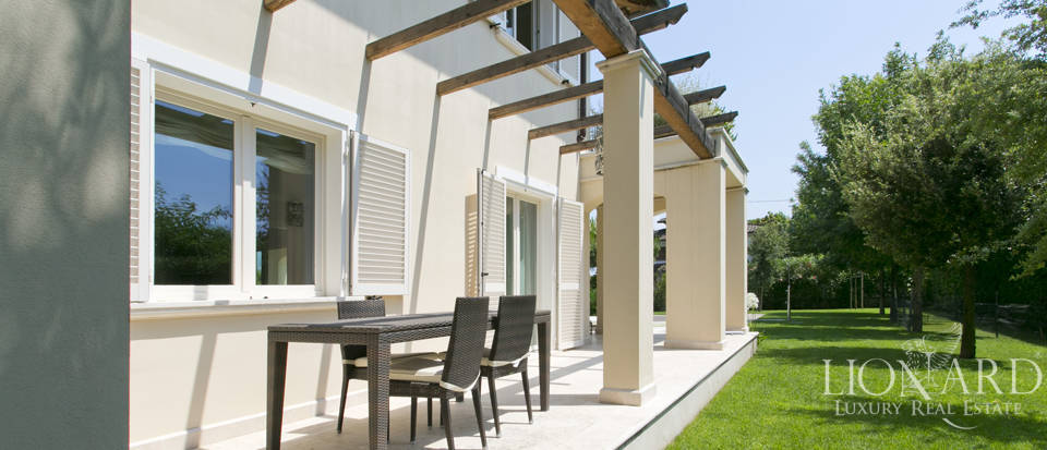 Dream home for sale in Versilia Image 15