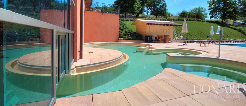 Property for sale in Lombardy Image 16