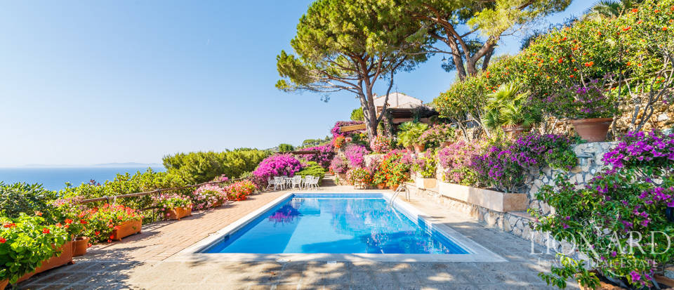 Luxury villa for sale in Mount Argentario Image 37