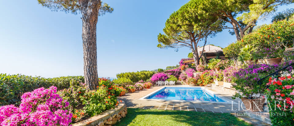 Luxury villa for sale in Mount Argentario Image 3