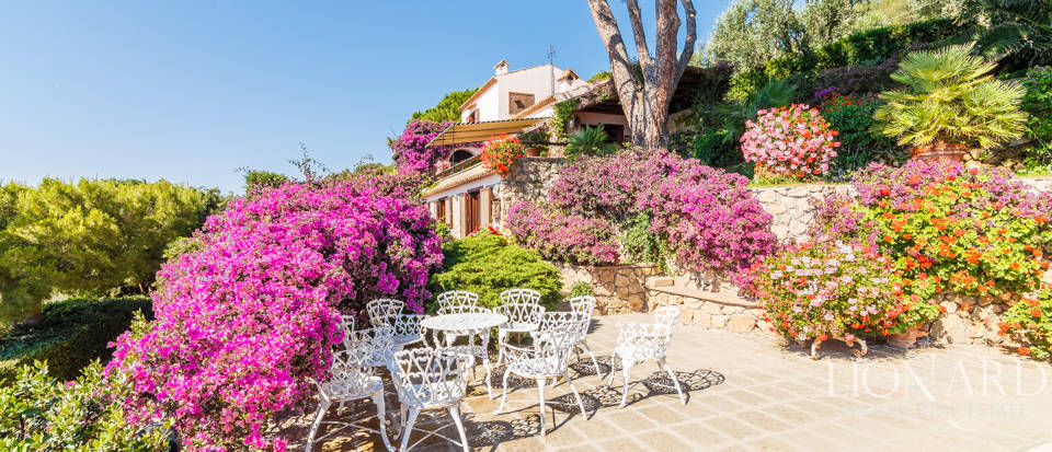 Luxury villa for sale in Mount Argentario Image 39
