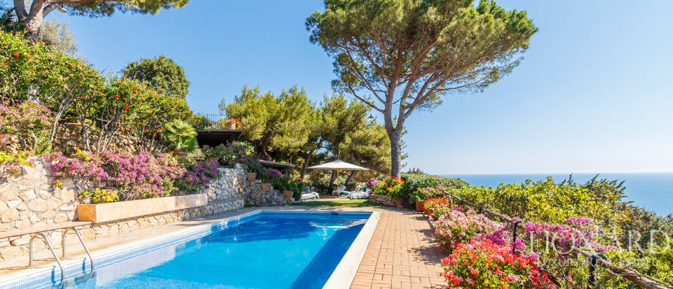 Luxury villa for sale in Mount Argentario Image 40