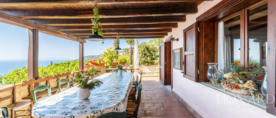 Luxury villa for sale in Mount Argentario Image 14