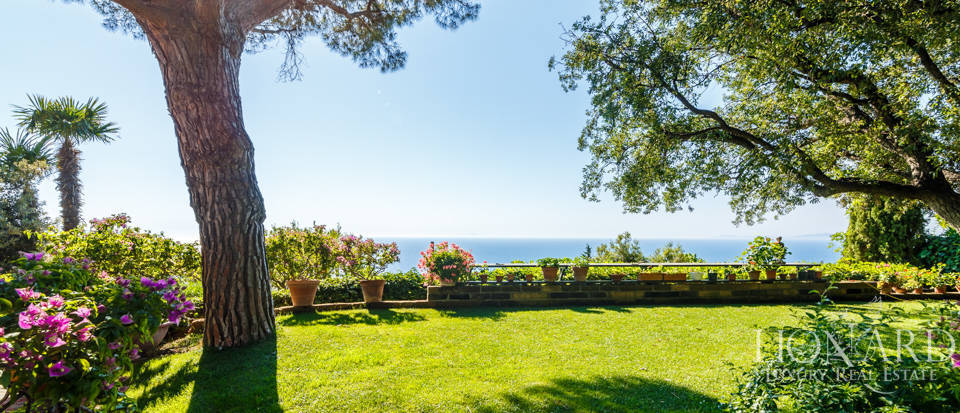 Luxury villa for sale in Mount Argentario Image 17