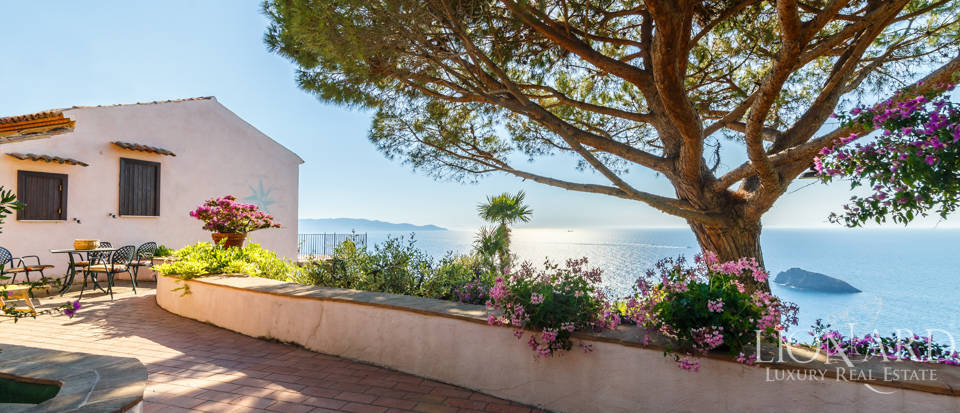 Luxury villa for sale in Mount Argentario Image 23