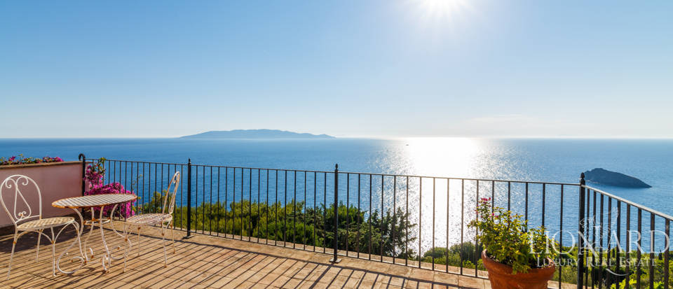 Luxury villa for sale in Mount Argentario Image 34