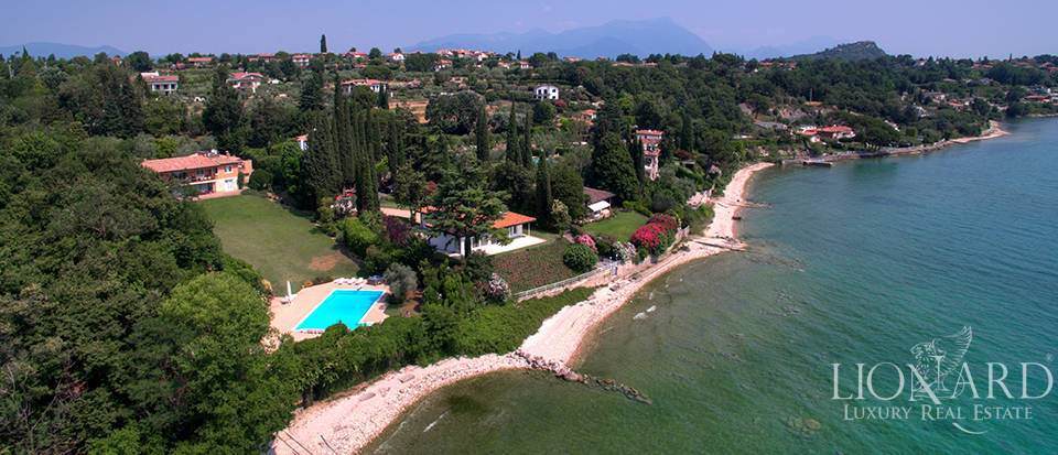 lake front villa for sale in manerba del garda