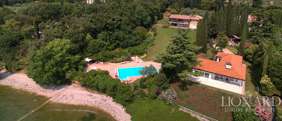 Villa for sale by Lake Garda Image 34