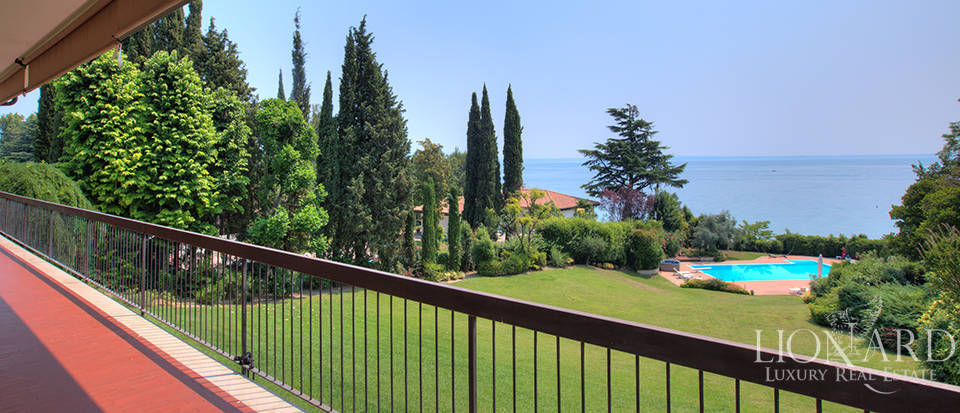 Villa for sale by Lake Garda Image 30