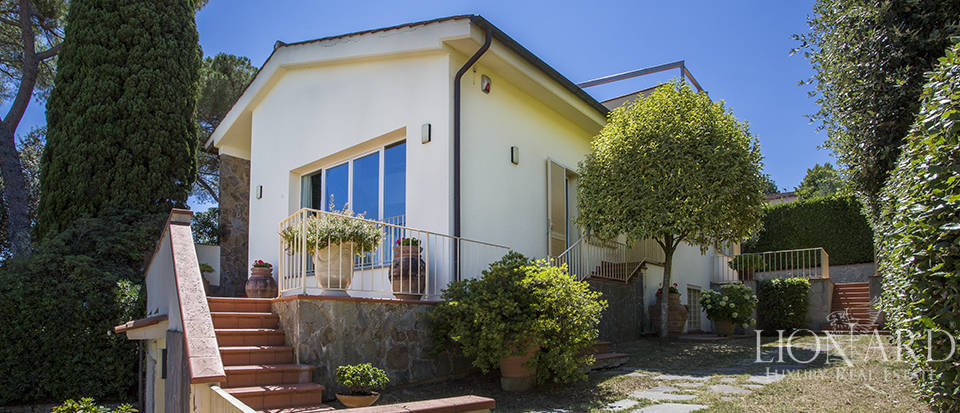 Villa in Florence for sale Image 4