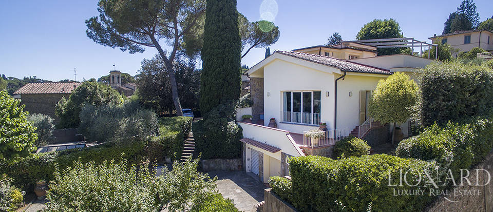 Villa in Florence for sale Image 3