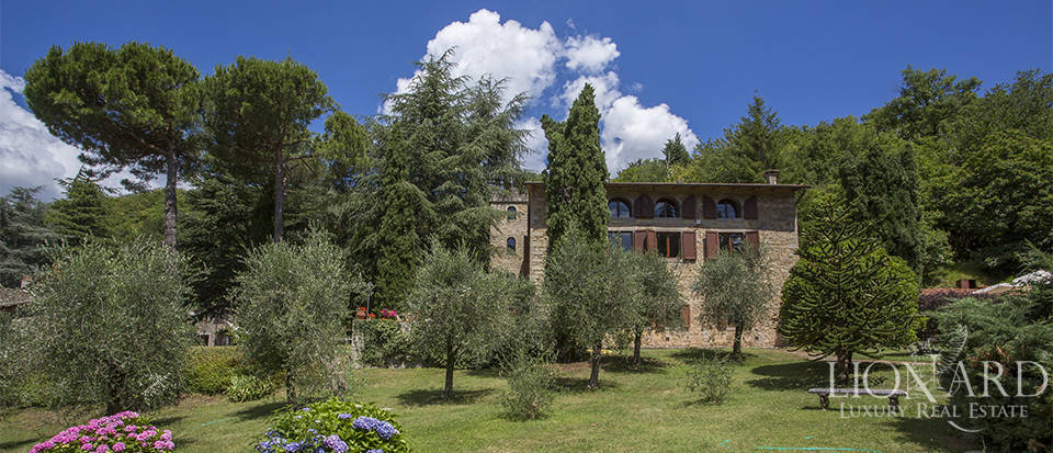 Luxurious country home for sale in the Mugello area Image 13