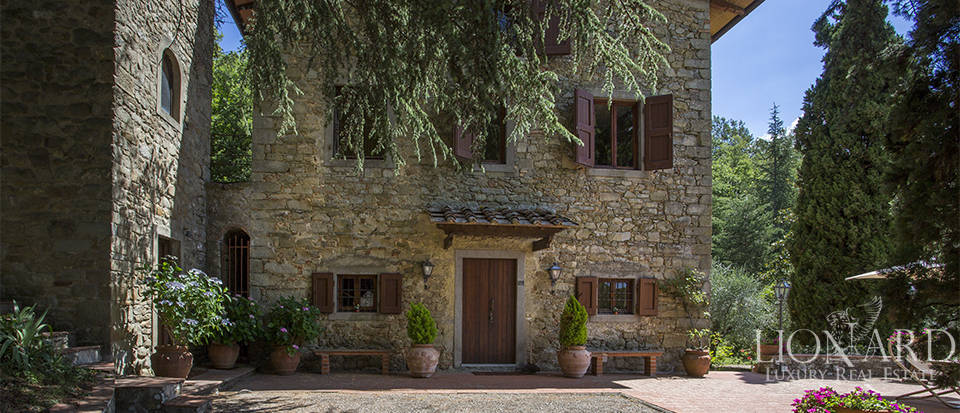 Luxurious country home for sale in the Mugello area Image 10