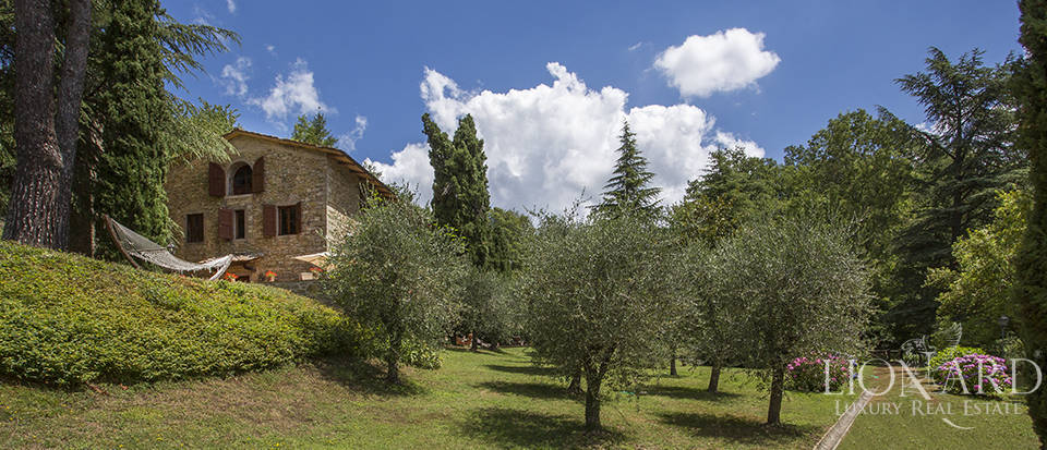 Luxurious country home for sale in the Mugello area Image 28