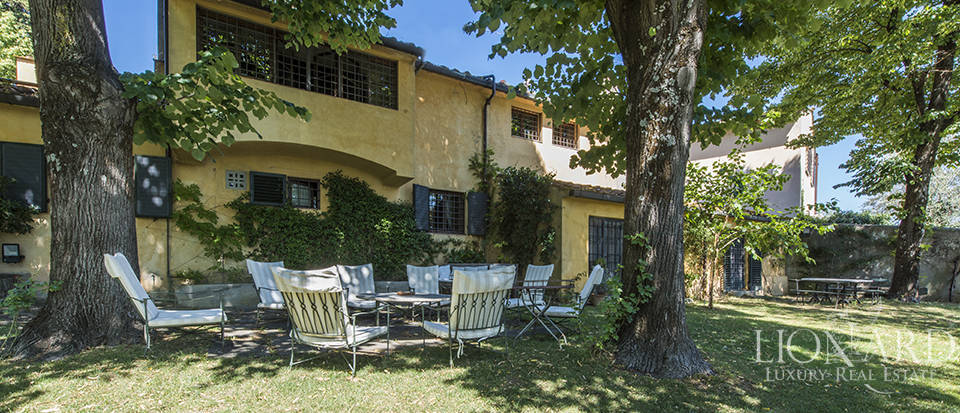 Tuscan villa for sale in Fiesole Image 4
