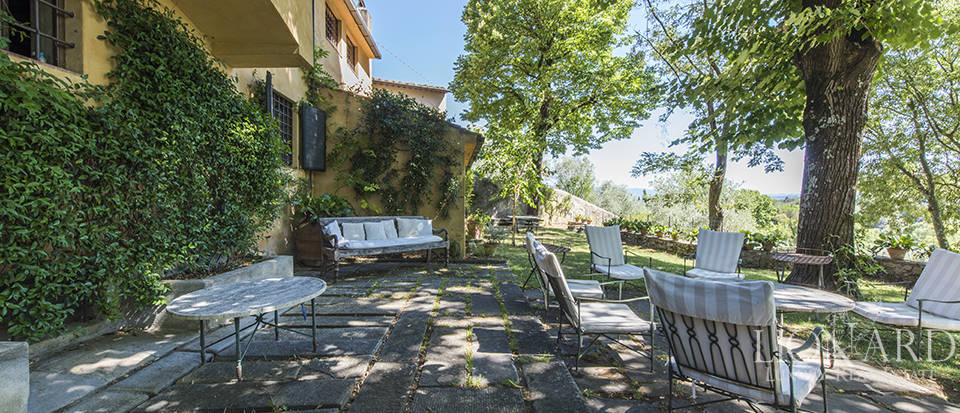 Tuscan villa for sale in Fiesole Image 5