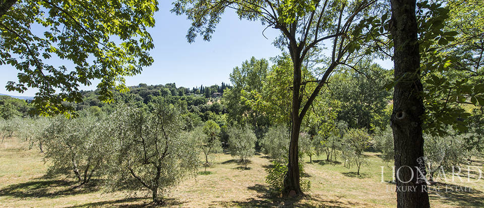 Tuscan villa for sale in Fiesole Image 15