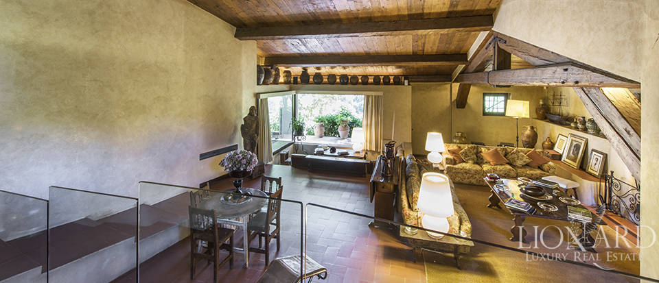 Tuscan villa for sale in Fiesole Image 29