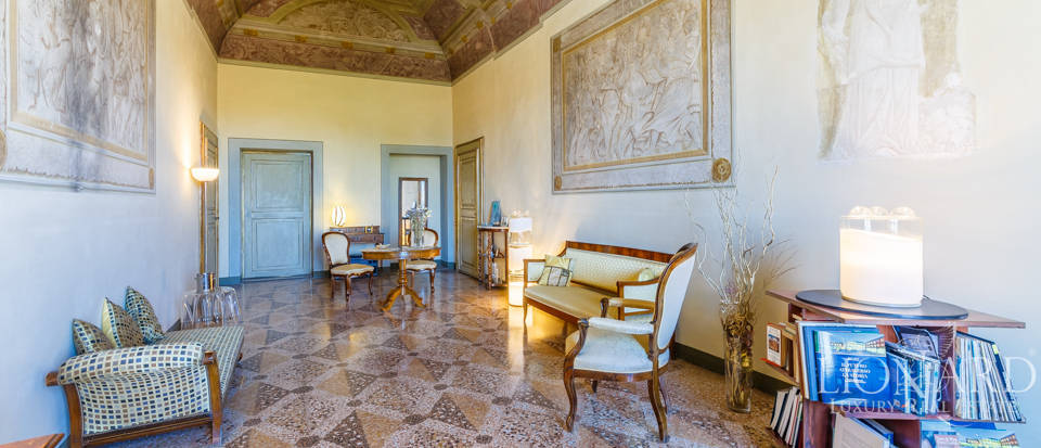 Wonderful luxury villa for sale in Pisa  Image 36