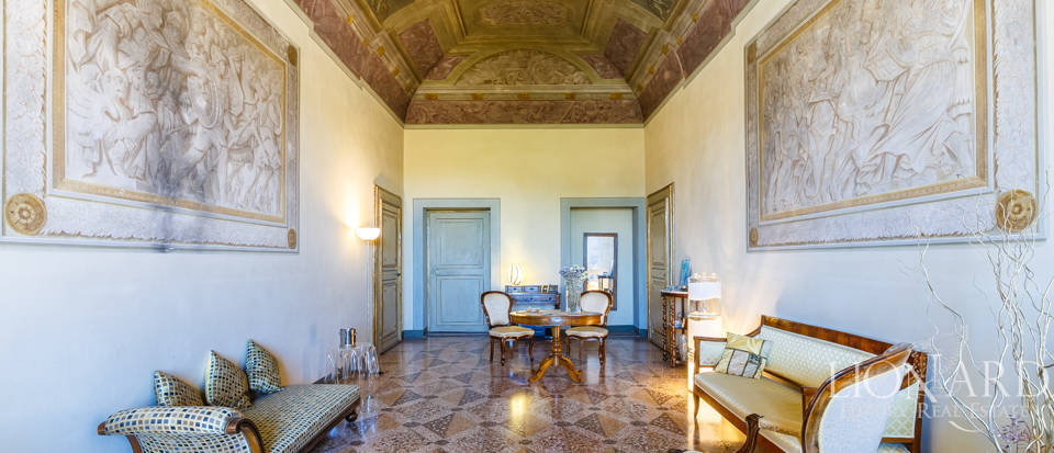 Wonderful luxury villa for sale in Pisa  Image 37
