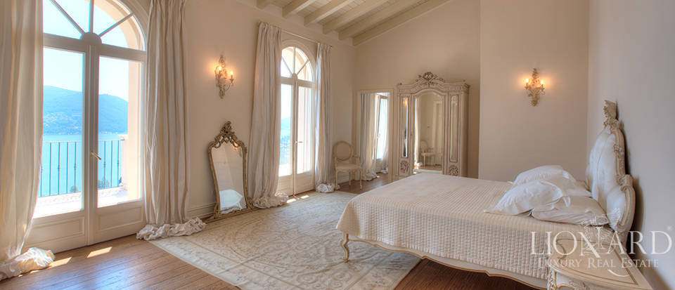 Luxury villa for sale in the province of Bergamo Image 31