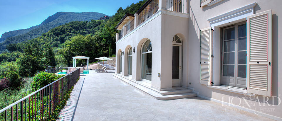 Luxury villa for sale in the province of Bergamo Image 9