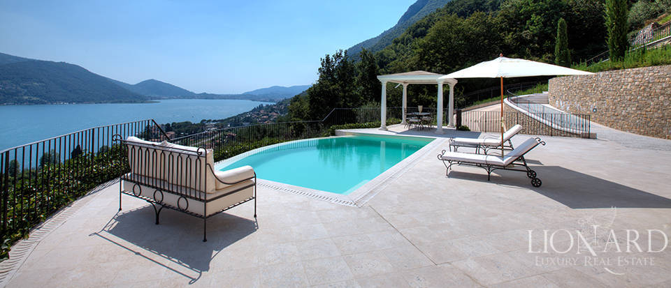 Luxury villa for sale in the province of Bergamo Image 11
