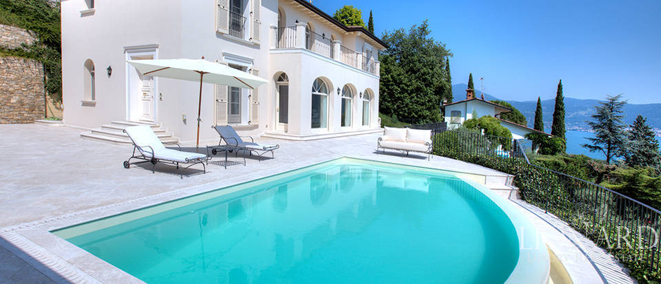 Luxury villa for sale in the province of Bergamo Image 5
