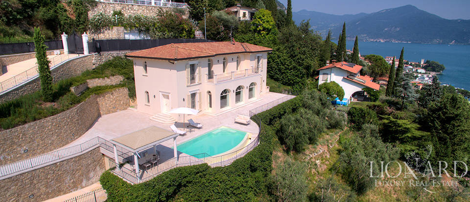 Luxury villa for sale in the province of Bergamo Image 36