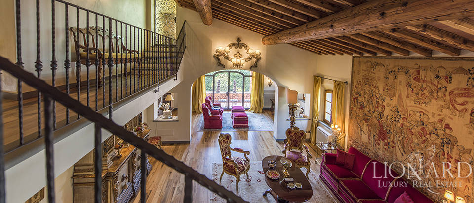 Luxury villa in an exclusive area near Florence Image 38
