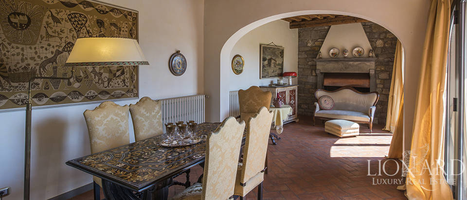 Luxury villa in an exclusive area near Florence Image 45