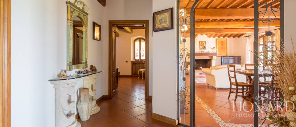 Prestigious agritourism resort with swimming pool for sale in Grosseto Image 17