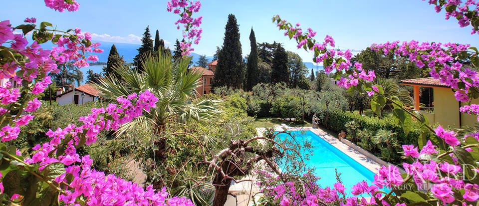 villa with view of Lake Garda Image 13