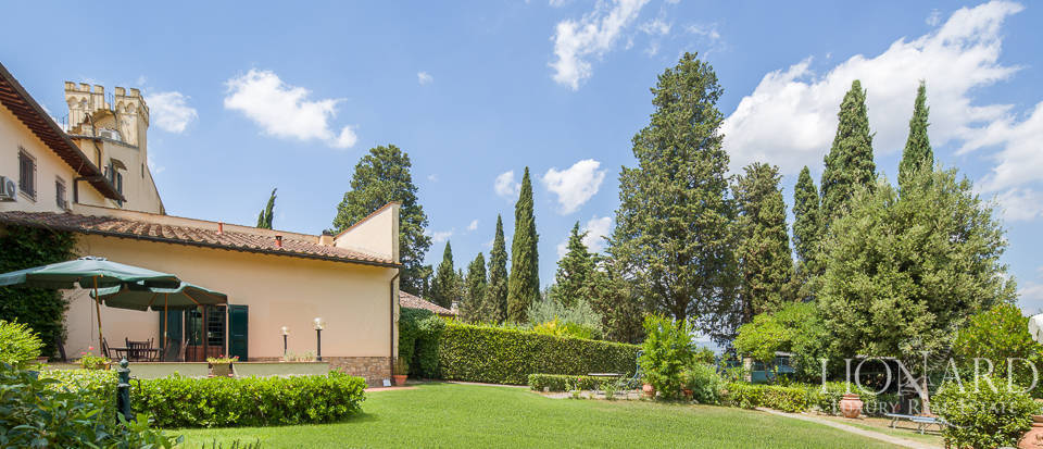 Prestigious estate for sale in Florence Image 6