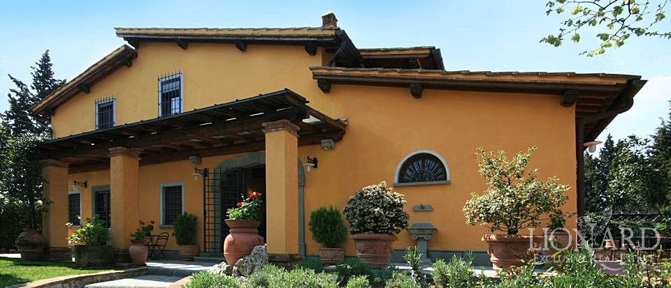 Home Page > Villa - Casale > Casali in Toscana - real estate Italia