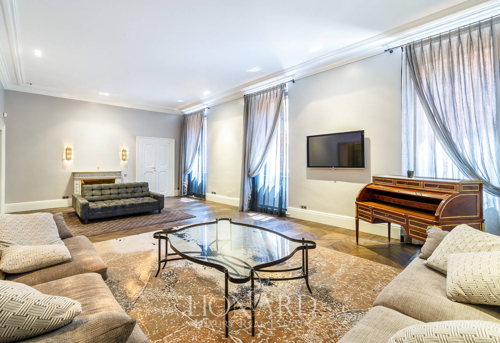 magnificent luxury apartment for sale in rome