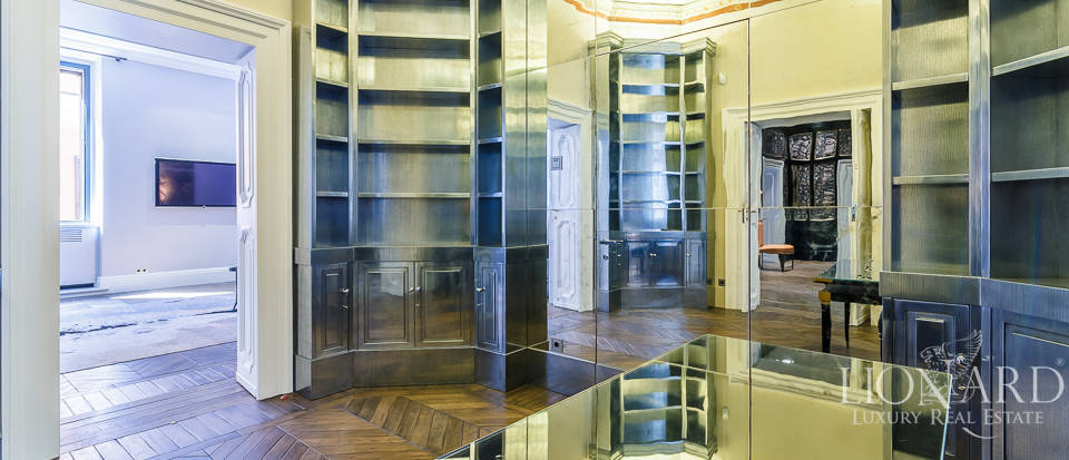 Luxurious apartment for sale in Rome Image 16