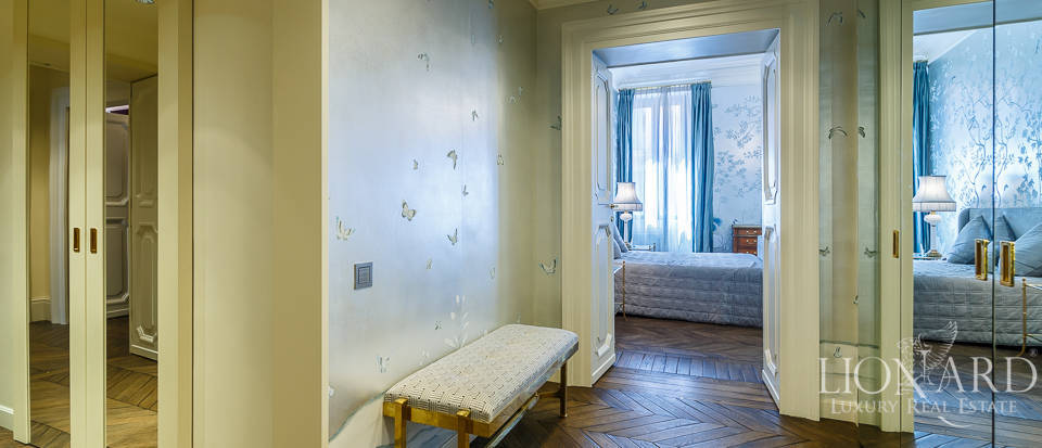 Luxurious apartment for sale in Rome Image 22