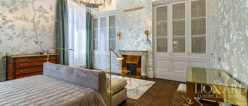 Luxurious apartment for sale in Rome Image 32