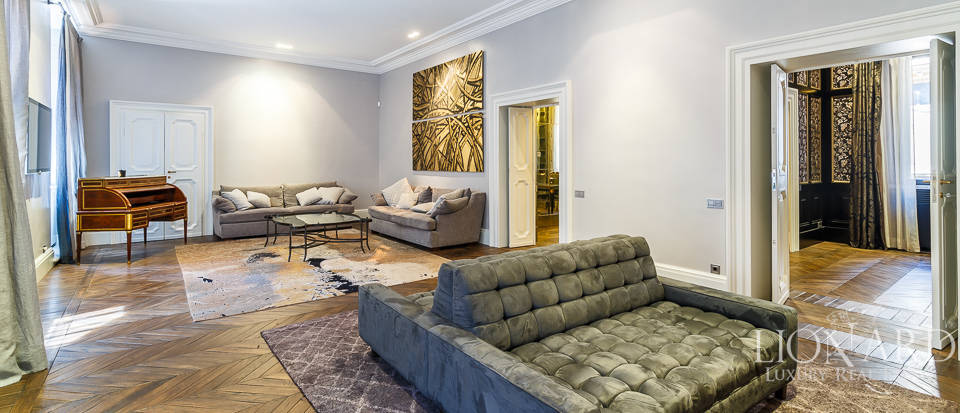 Luxurious apartment for sale in Rome Image 3