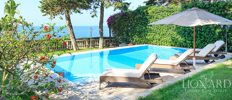 stunning villa for sale by the sea in liguria
