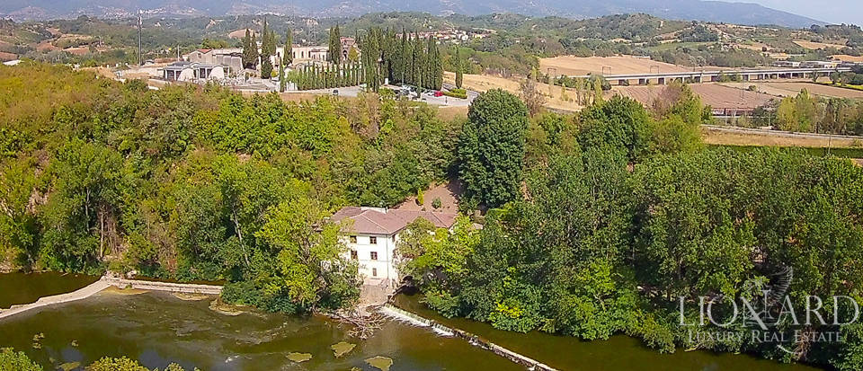 villa with mill and park for sale in reggello