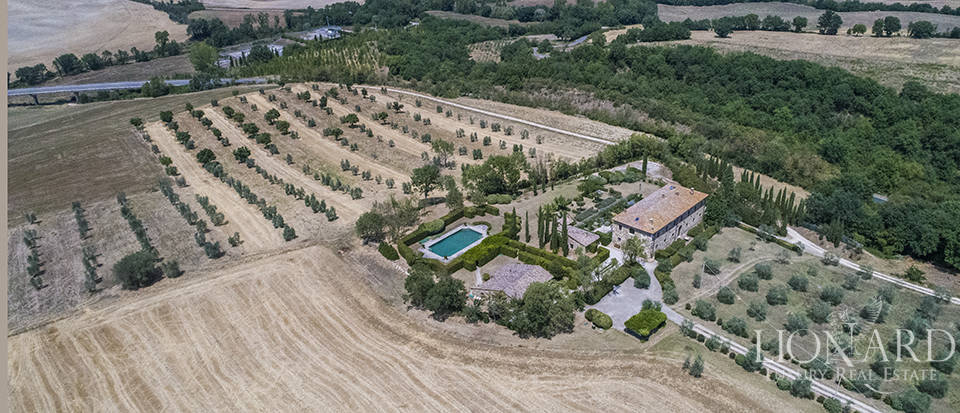 Luxury estate for sale in Tuscany Image 60
