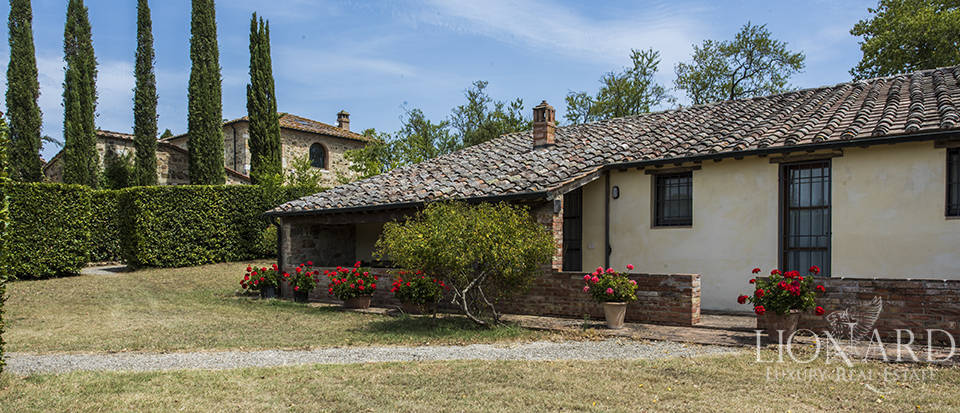 Luxury estate for sale in Tuscany Image 55