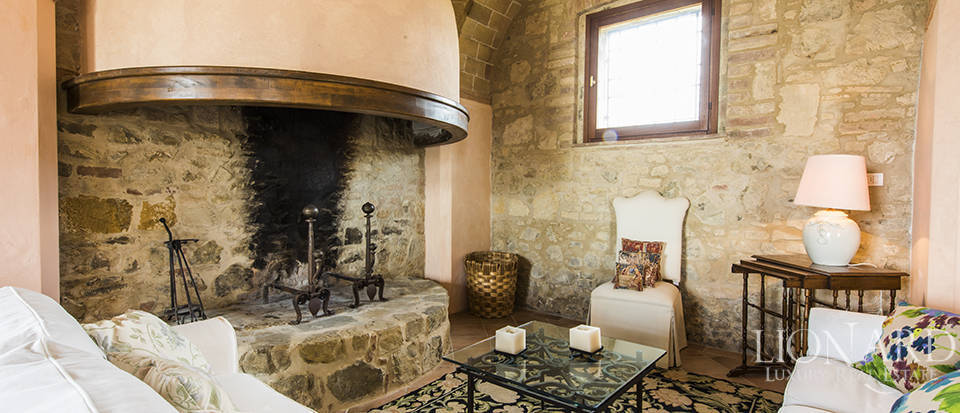 Luxury estate for sale in Tuscany Image 26
