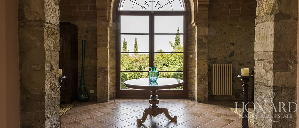 Luxury estate for sale in Tuscany Image 27